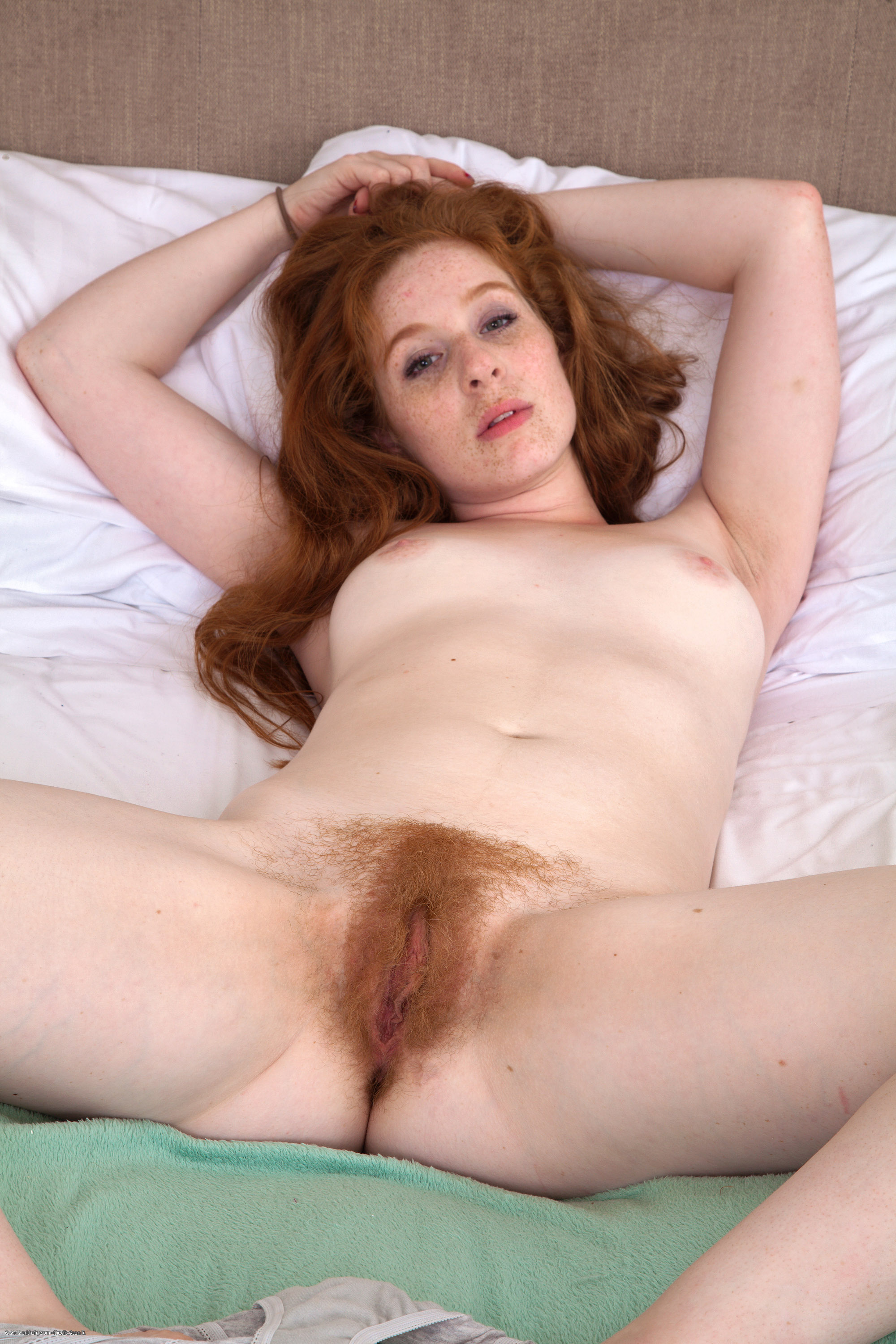 beautiful redhead amateur pussy