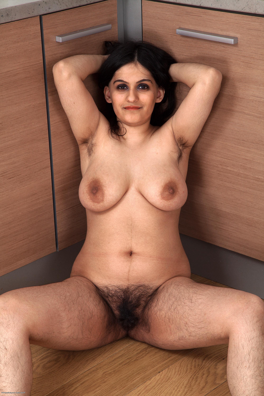 Super sexy women getting fucked