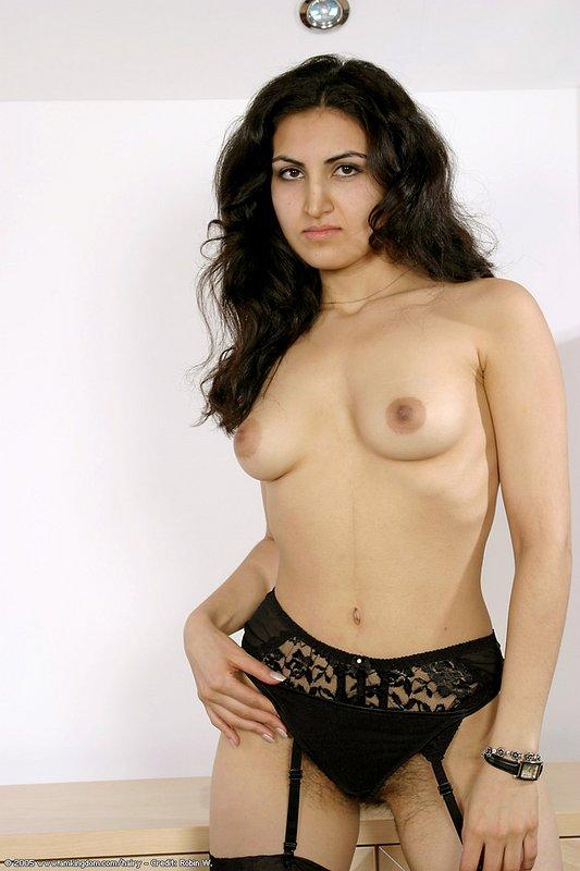 Mariam naked hairy